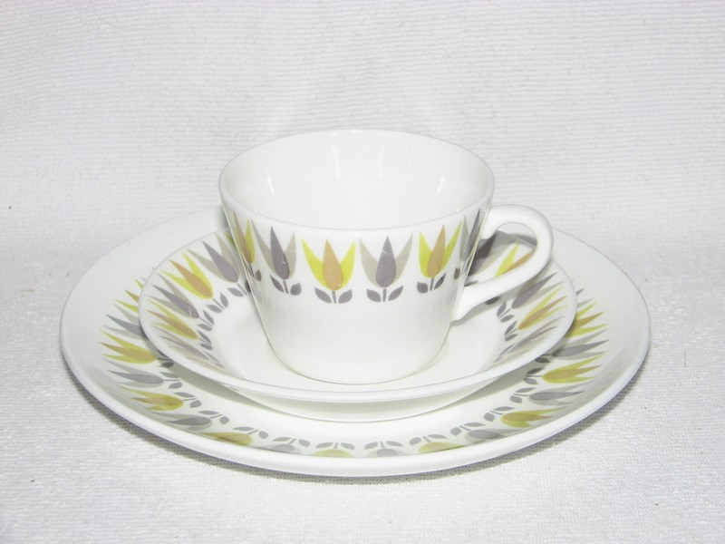 LI, Lotus, kaffekopp med assiett